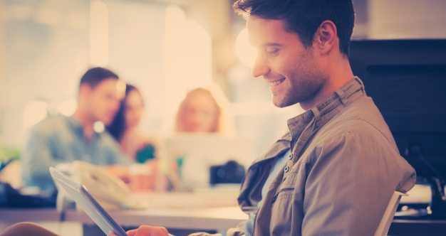 Mobile, Online Role Play for Learning: de ervaringen van KLM